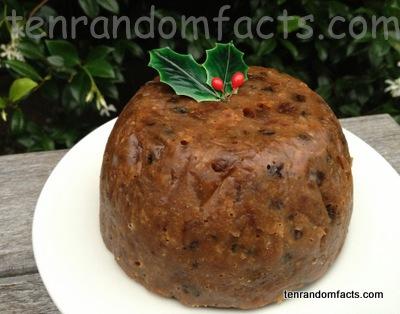 Christmas Pudding, Holly, Leaves, Fake, Round, Circular, Brown, Fruit Cake, Ten Random Facts