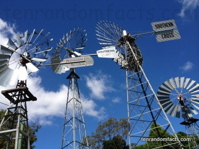 Windmill,Farm, Southern Cross, Four, shiny, silver, steel, Ten Random Facts