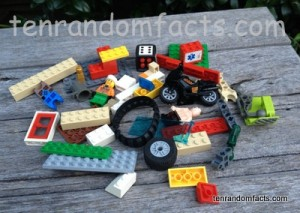 Lego, Bulk, Minifigures, Skin, Dice, 6, Bionicle, Technic, special, Games, Cars, Green, Yellow, Red, Sand, Blue, Tracks, Flat, Door, large, lots, Ten Random Facts,