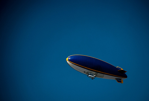 Blimp, Blue, Yellow, Side, Stripes, White, Blue Sky, Ten Random Facts, Tom Grinsted, Flickr
