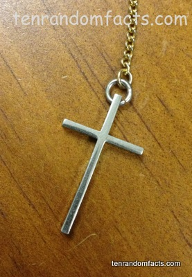 Cross, Jewellery, Silver, Latin, Christian, Chain, Necklace, Ten Random Facts