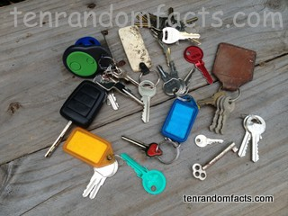 Keys, Skeleton, Lots, Old, New, Blue, Rad, Small, Car Key, Traditional Key, Tags, Ten Random Facts