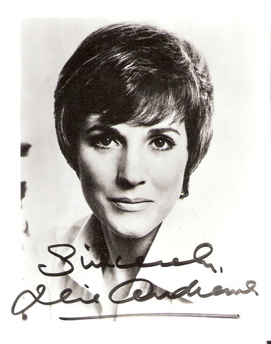 Julie Andrews, autograph, bLACK and White, Grayscale, Young, Old, Print, Flickr, Ten Random Facts