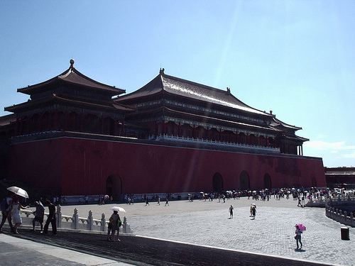 Forbidden City, dark, Red, Sunlight, people, front, red, Beijing, 2011, flickr, Ten Random Facts