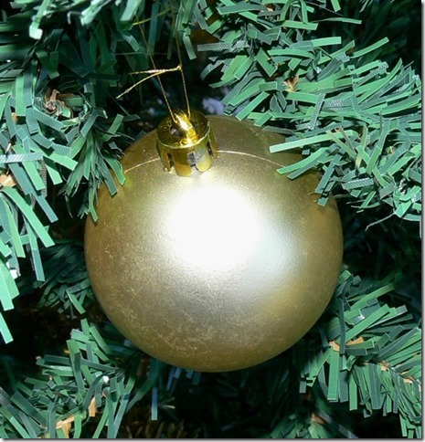Bauble, Gold, Shiny, Flash, One, Spherical, Christmas Tree, Hanging, Plastic, Ten Random Facts, Val Laird