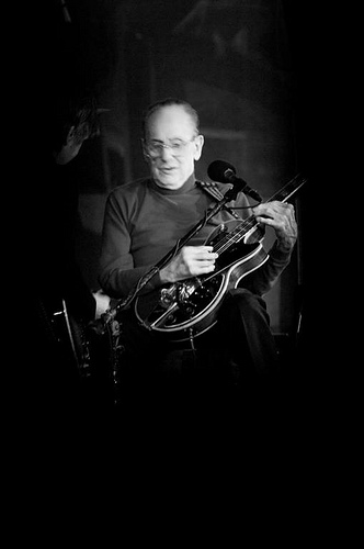 Les Paul, Black, White, jazz, club, 2008, New York, Live, Ten Random Facts, Guitarist