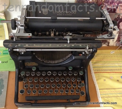 Typewriter, Black, Old, QWERTY, Museum, Ten Random Facts, Invention
