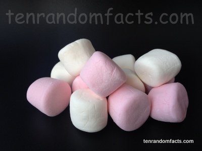 Marshmallow, bundle, white, pink, confectionery, cylindrical, traditional, Australia, Ten Random Facts