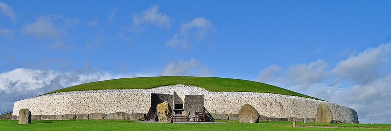 Newgrange, Ancient, Ireland, Construction, Building, Trivia, Ten Random Facts, Blue, Green