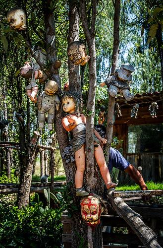 Island of Dolls, Trivia, Ten Random Facts, Mexico, Creepy, Hang, Canals