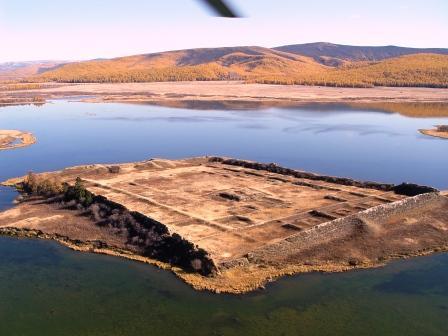 Por-Bazhyn Fortress, Place, Trivia, Ten Random Facts, Construction, Russia, Lake, Ancient