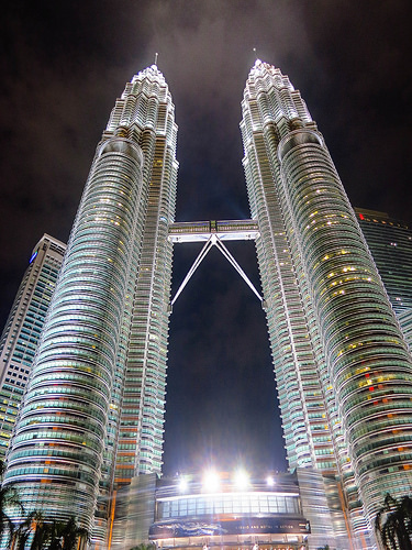 Petronas Towers, Trivia, Ten Random Facts, Skyskraper, Malaysia, Tall, Twin Towers, Night